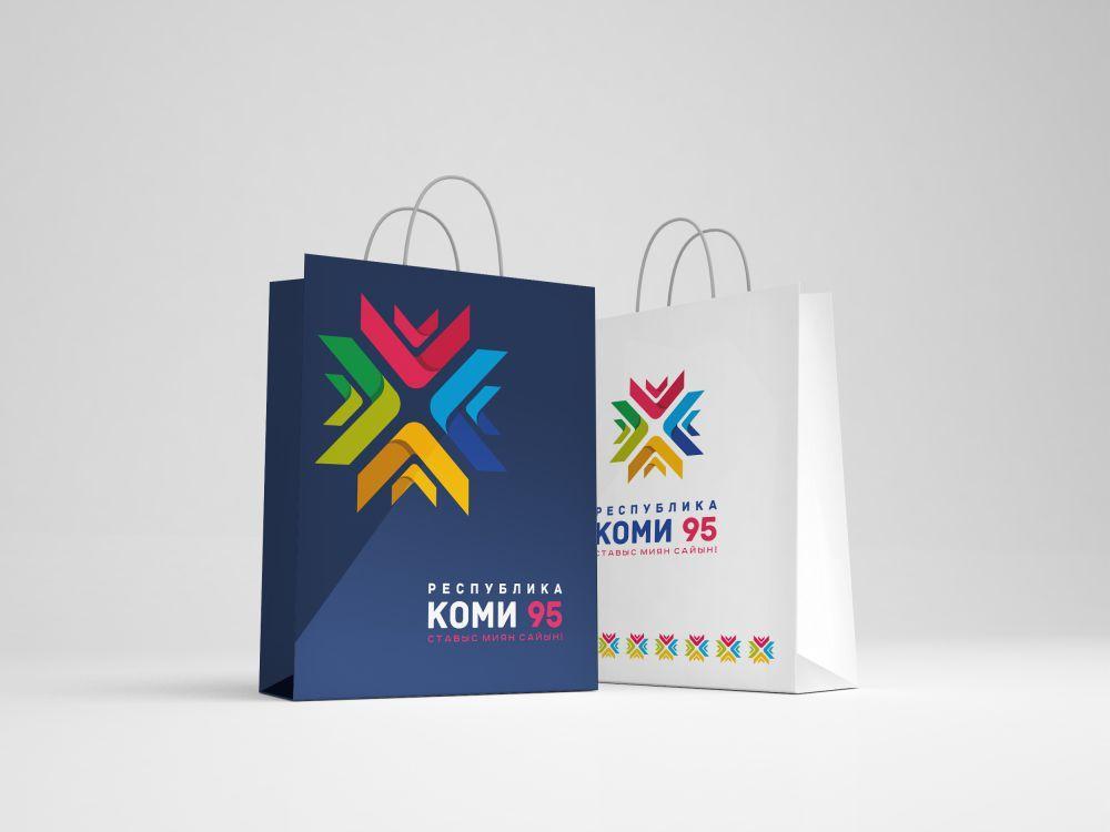 Логотип Коми 95 на пакетах