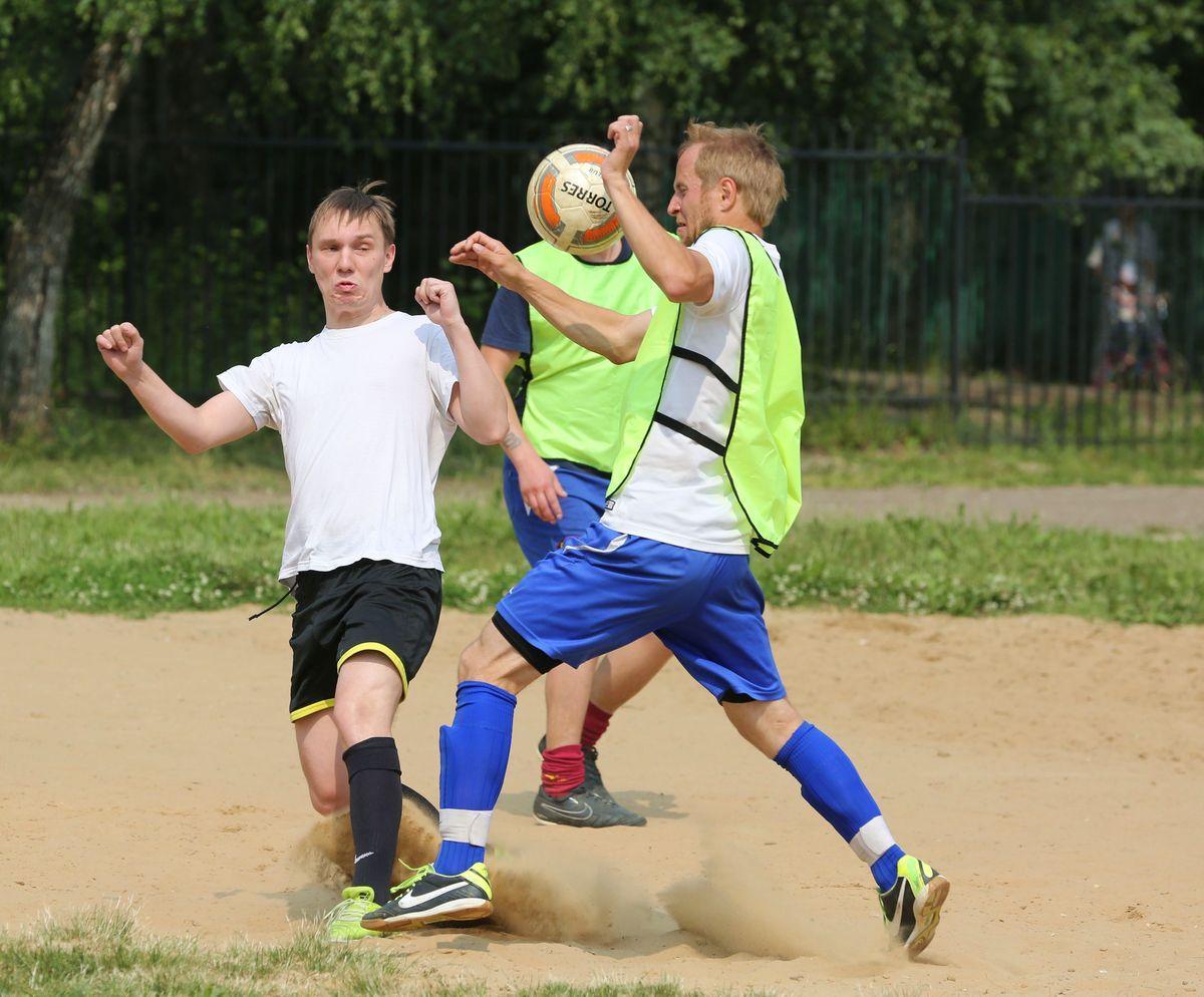 Жаркие игры футбол