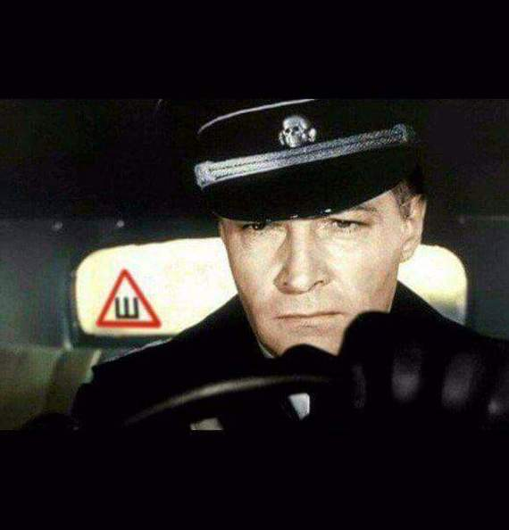МВД предложило отказаться от знака «Шипы» на машинах